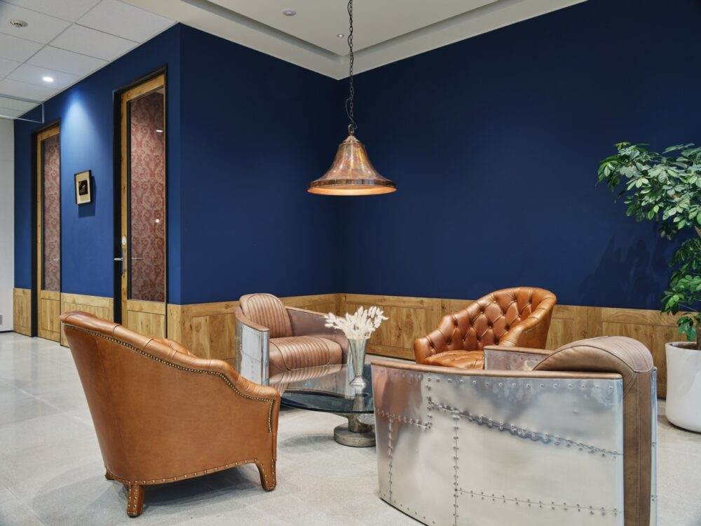 MMCB - Lounge Right 1