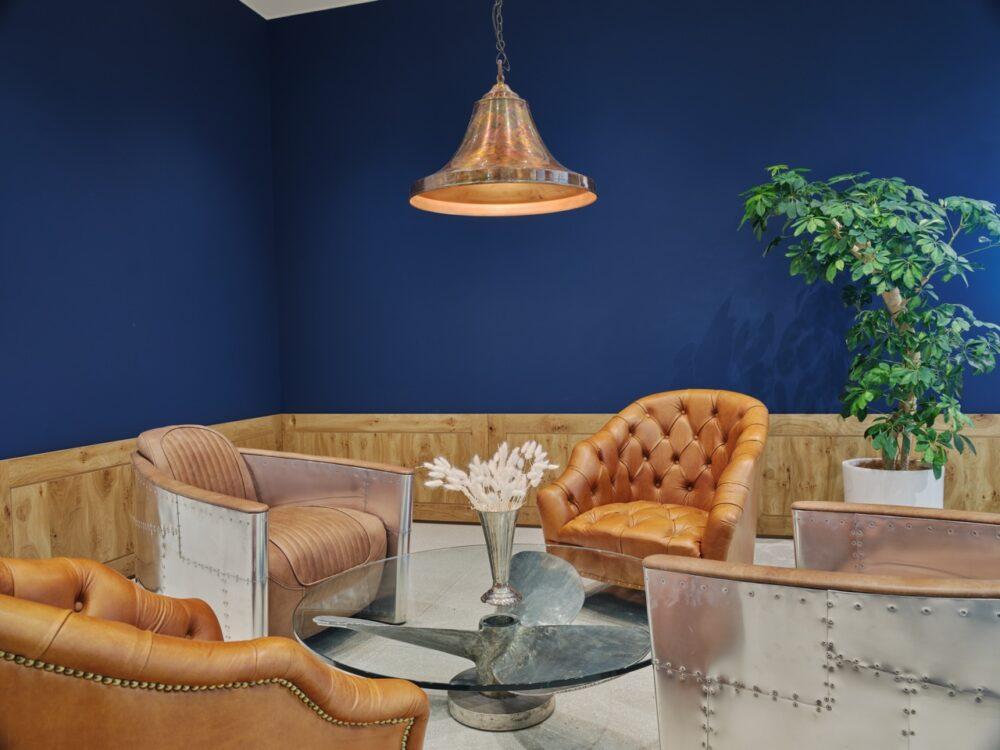 MMCB - Lounge Right 2